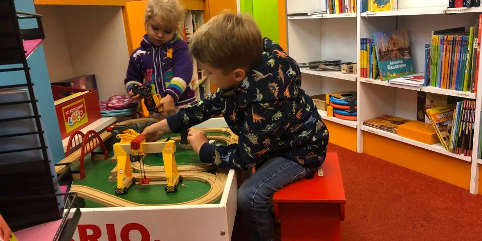 Groningen met Kinderen | Kinderboekhandel de Kleine Kapitein | Kleine Reizigers
