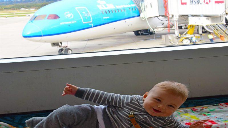 Reis Eetstoel Baby.Klm Met Baby Onze Ervaring Review Kleine Reizigers
