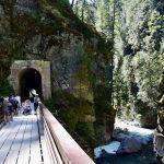 Kleine Reizigers | De Othello Tunnels in Coquihalla Provincial Park; leuk en veilig met peuter!